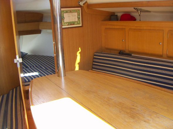 **yachting-direct** 461_delphia29-photo 3