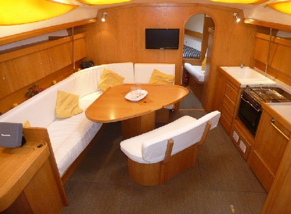 **yachting-direct** yachting787_delphia40-photo 2